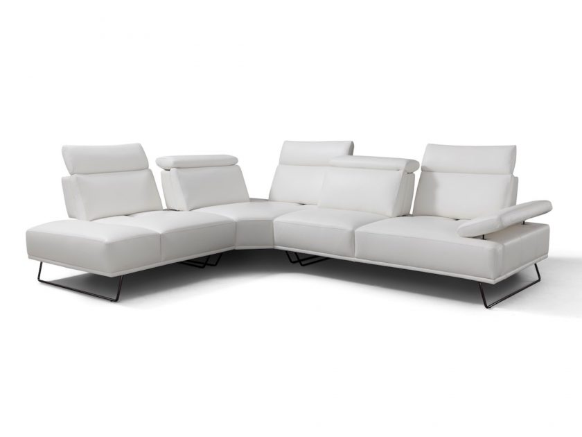 i838 Sectional